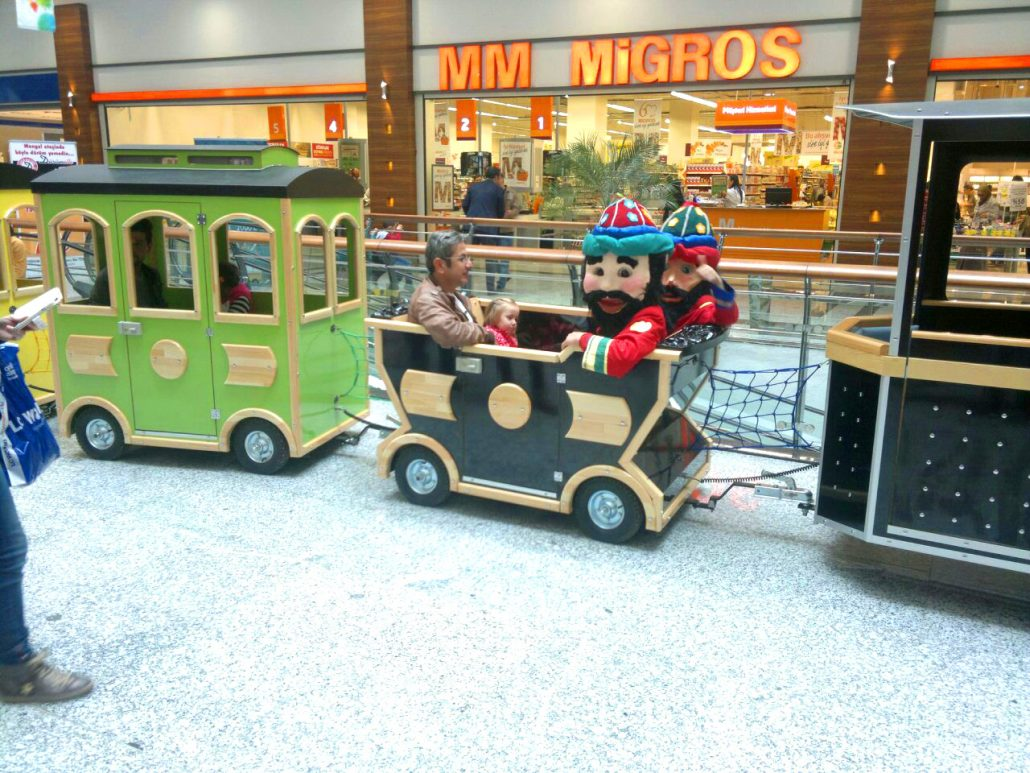 mini electric mall trains mall trains Attractive Mall Trains That You Should Get Today mini electric mall trains 1030x773