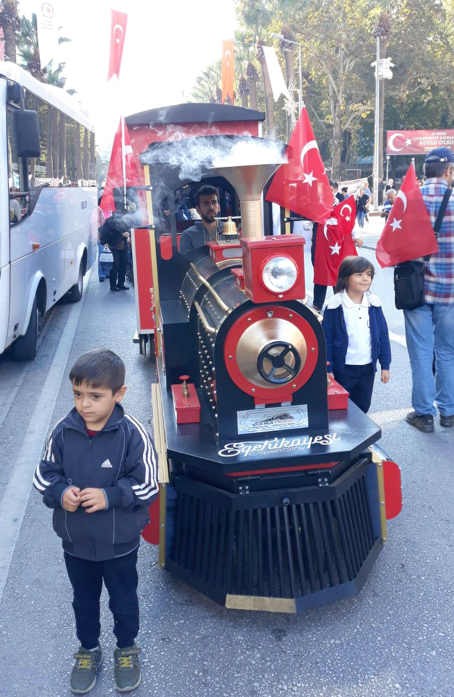 mini train [object object] 29 October Republic Day of Turkey Celebrations mini train
